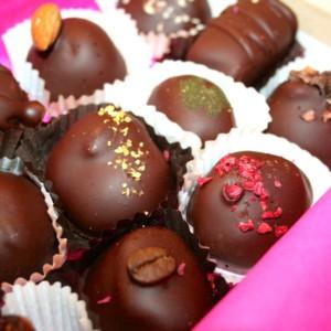 究極のチョコレート! 米国No.1(非加熱)砂糖不使用、ミルク不使用