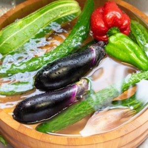 野菜についてる農薬の落とし方: 重曹なども活用しよう